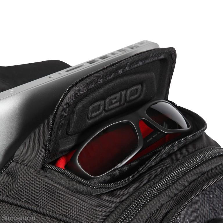 Карман для очков в рюкзаке OGIO Renegade RSS