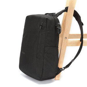 Отзывы Рюкзак Pacsafe Intasafe Backpack